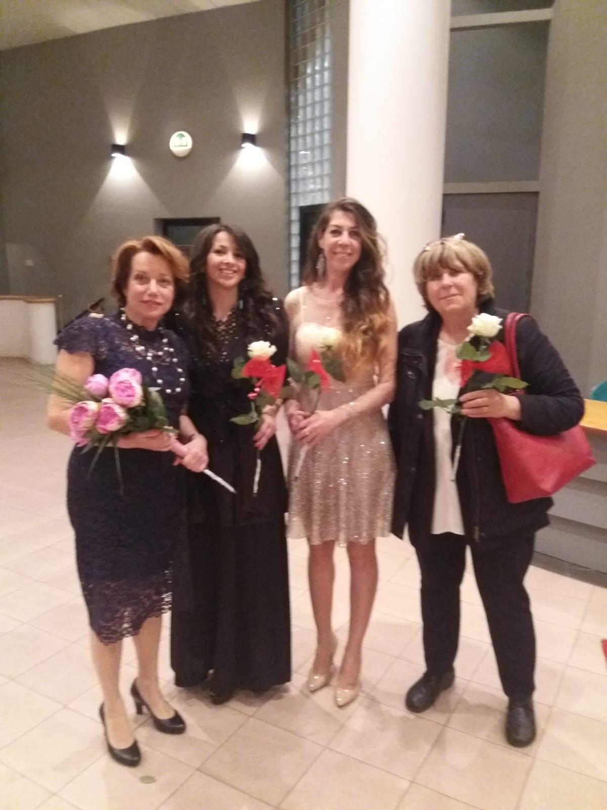 seconda e quarta sono Dhebora Mirabelli e Janna Carioli