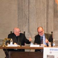 Mons. Galantino saluta i presenti